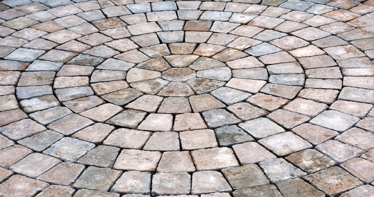 Using Stone Pavers For Your Patio