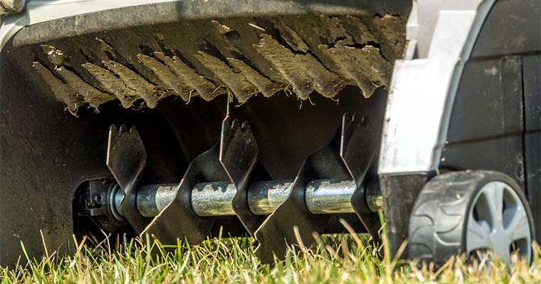 How to Use a Scarifier to Improve Your Landscape
